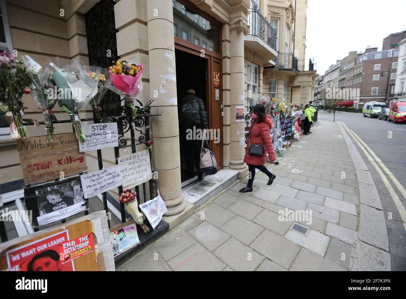 Londres, Angleterre, Royaume-Uni. 8 avril 2021. L'ambassade du Myanmar (Birmanie) est vue à Mayfair, Londres. Hier, l'ambassadeur du Myanmar au Royaume-Uni, Kyaw Zwar min, et certains membres du personnel ont été enfermés de sa propre ambassade par son attaché militaire qui a pris le contrôle des lieux. Credit: Tayfun Salci/ZUMA Wire/Alay Live News Banque D'Images