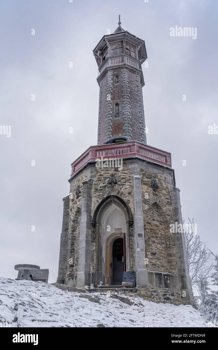 Tour Stepanka, à la frontière des montagnes Krkonose et Jizera. Banque D'Images