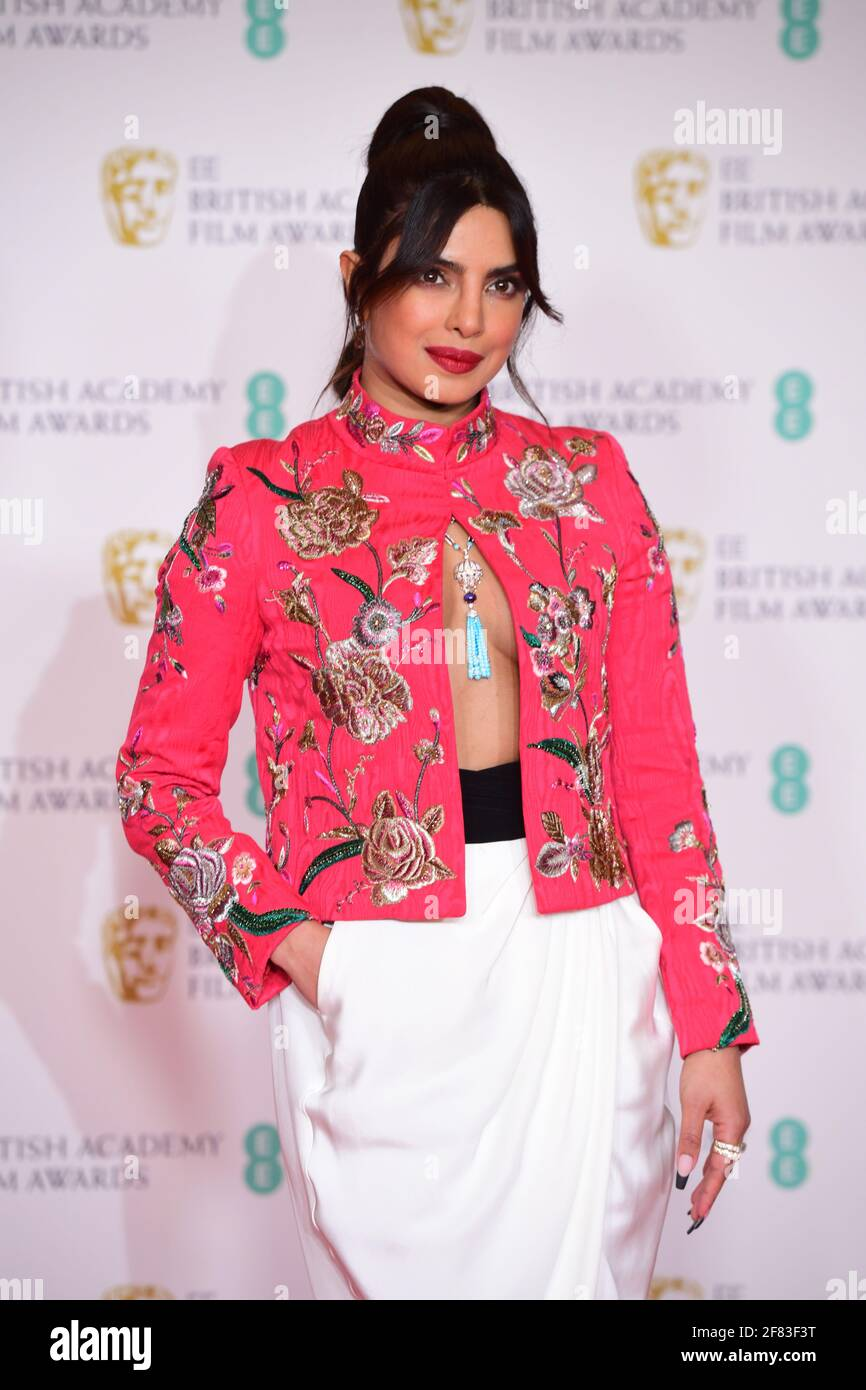 Priyanka Chopra Jonas arrive pour les EE BAFTA film Awards au Royal Albert Hall de Londres. Date de la photo: Dimanche 11 avril 2021. Banque D'Images