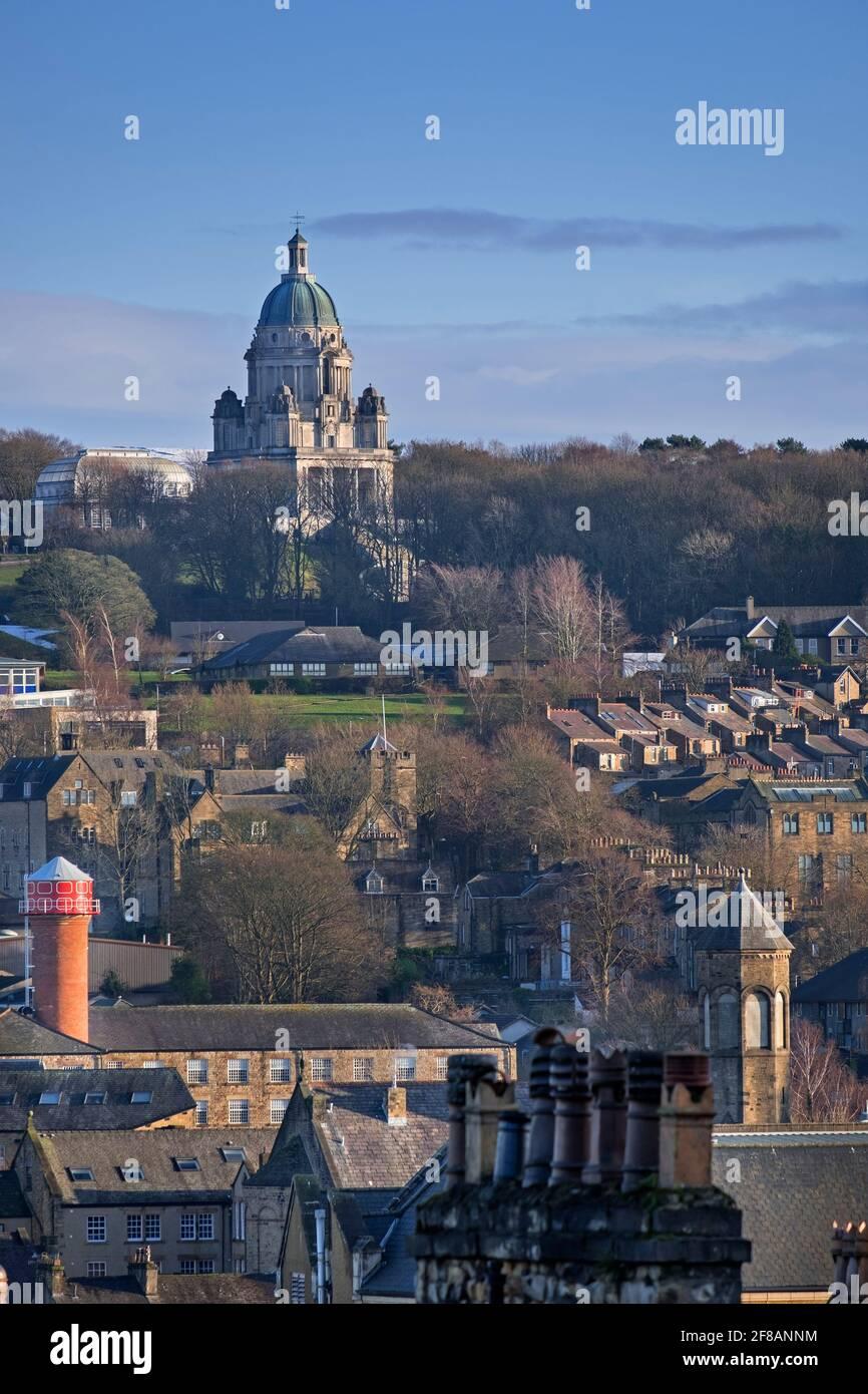 Vue sur la ville du mémorial Ashton. Lancaster Lancashire Royaume-Uni Banque D'Images