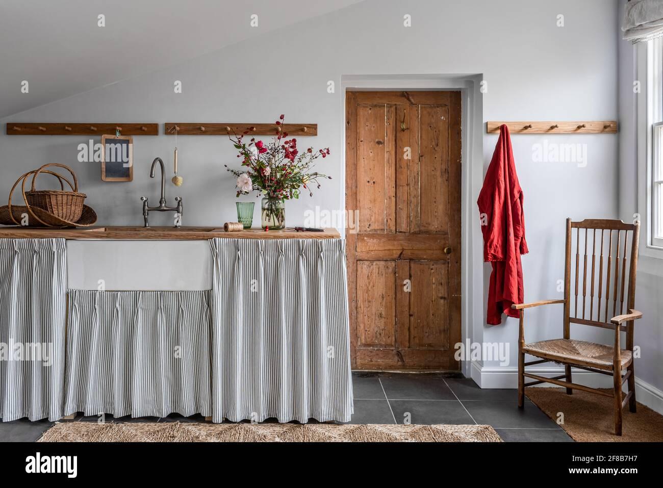 Tissu TIC-tac par Ian Mankin dans la salle de service « Archive » de Ferme Suffolk classée de catégorie II Banque D'Images
