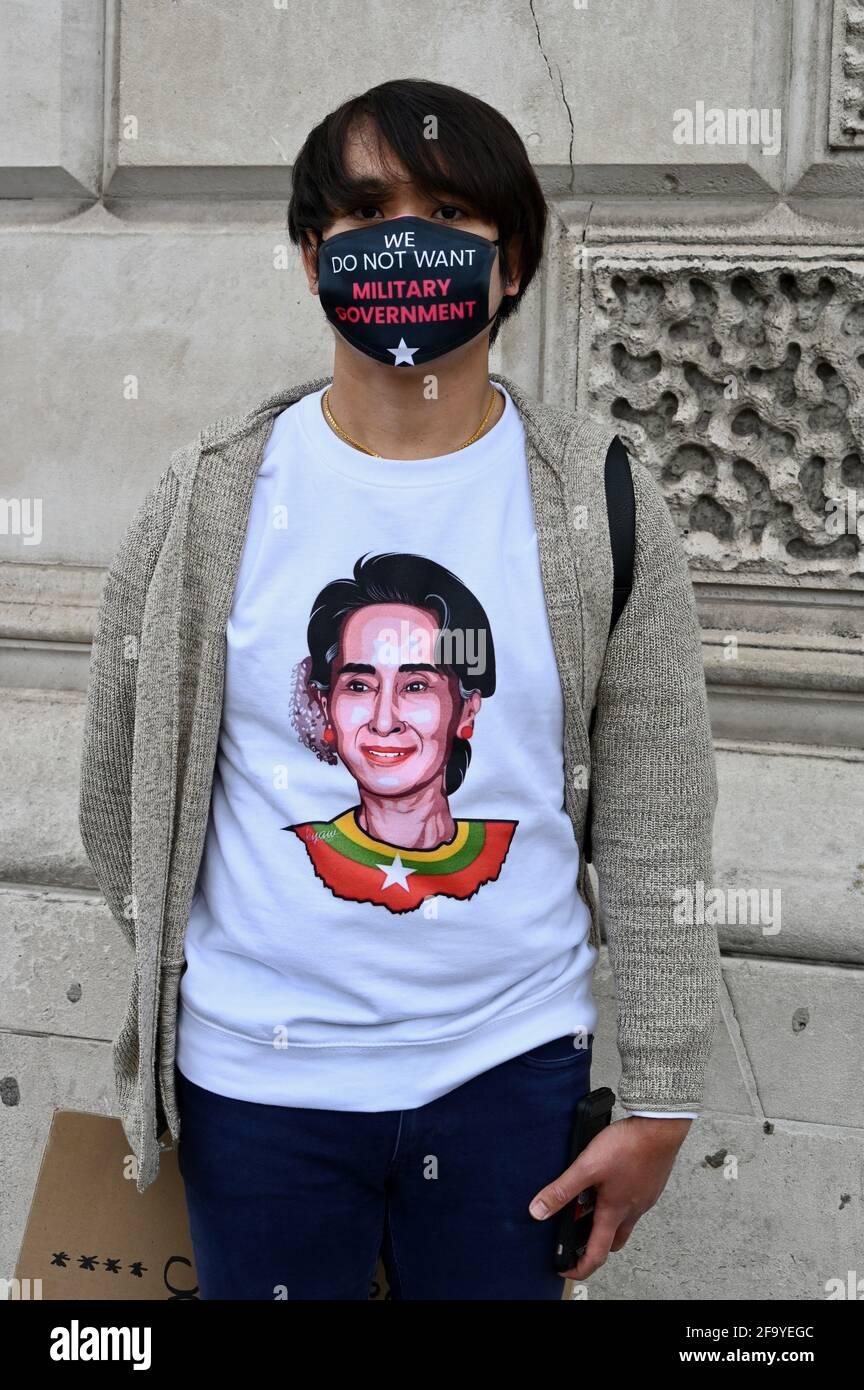 Londres, Royaume-Uni. 21 avril 2021. Manifestation contre le coup d'Etat militaire au Myanmar, Downing Street, Londres. Crédit au Royaume-Uni : michael melia/Alay Live News Banque D'Images