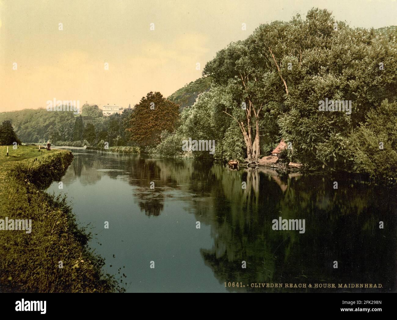 Cliveden Reach près de Maidenhead et de la Tamise vers 1890-1900 Banque D'Images