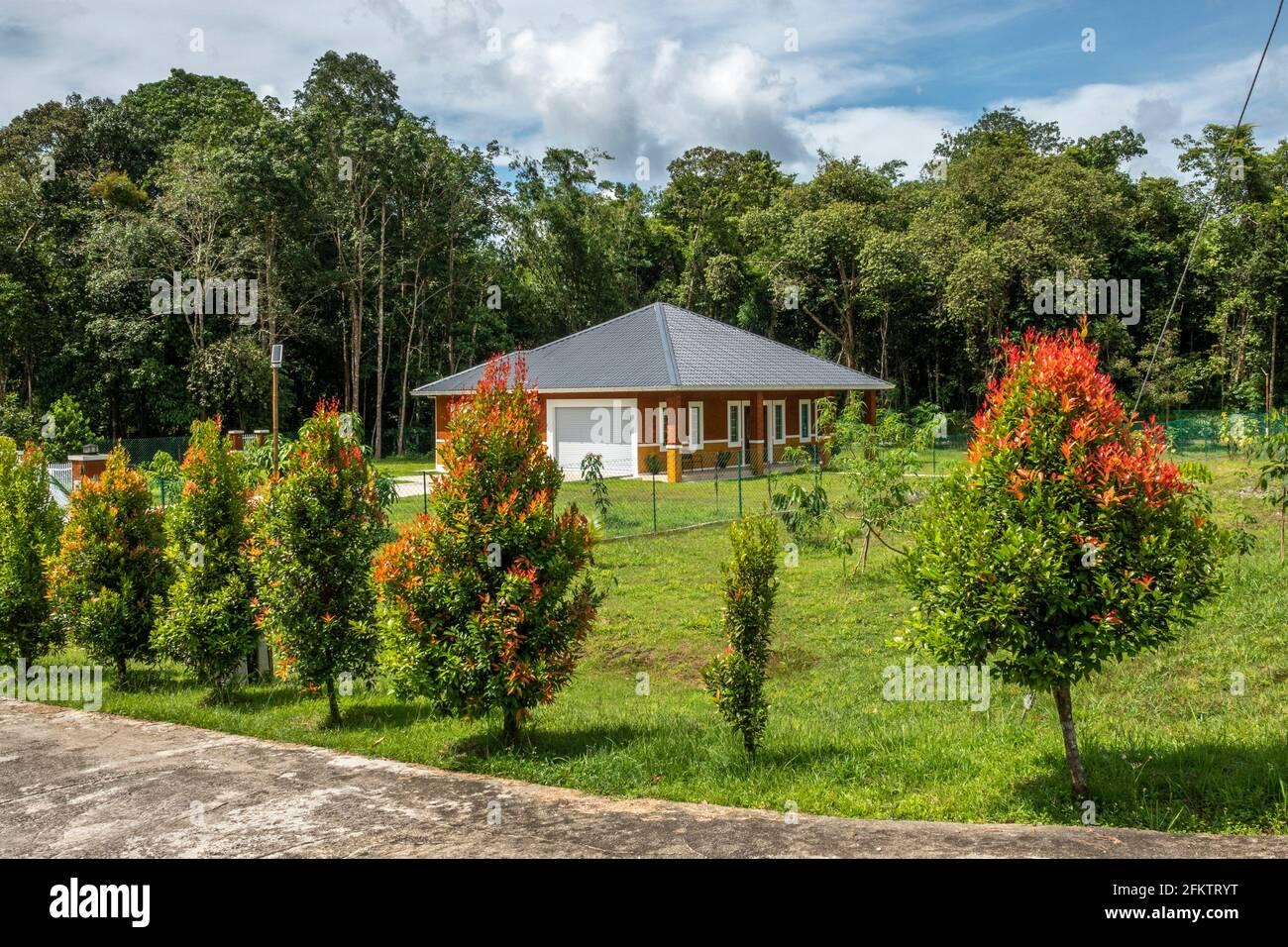 Bungalow à Kampung SIngai, Bau, Sarawak, Malaisie orientale Banque D'Images