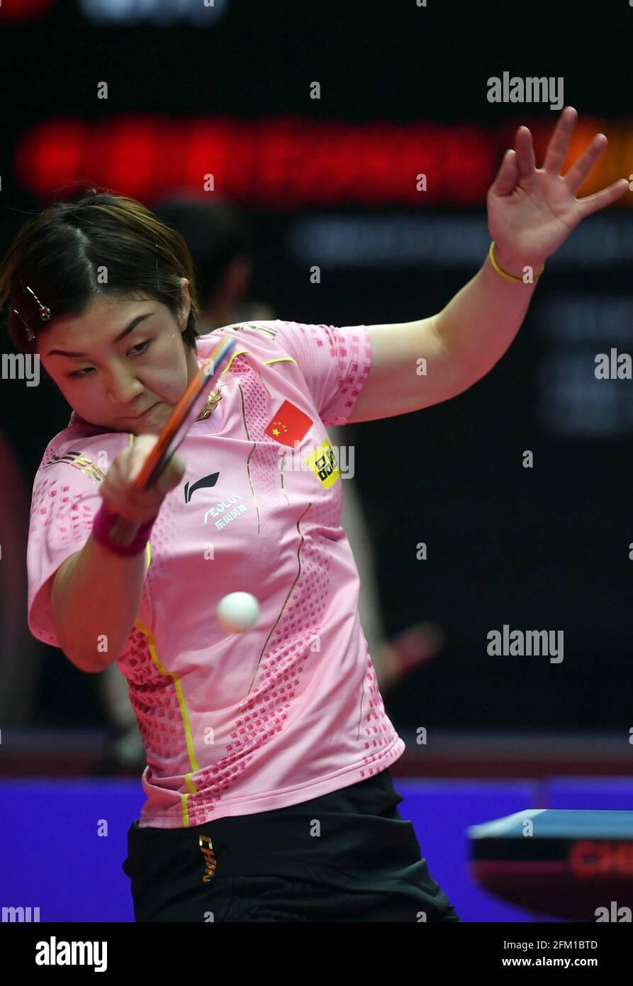 Xinxiang, province chinoise du Henan. 5 mai 2021. Chen Meng retourne le ballon lors de la quart-finale des femmes célibataires contre Liu Fei lors des essais de Grand smashes de WTT (World Table tennis) 2021 et de la simulation olympique à Xinxiang, dans la province de Henan, dans le centre de la Chine, le 5 mai 2021. Credit: Li Jianan/Xinhua/Alamy Live News Banque D'Images