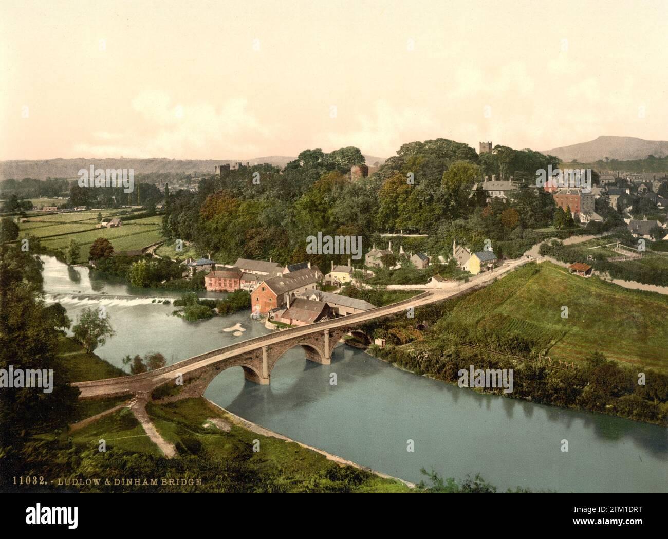 Le pont de Dinham au-dessus de la rivière Teme entre Dinham et Ludlow dans le Shropshire vers 1890-1900 Banque D'Images