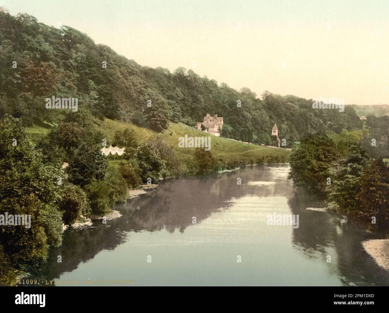 La rivière Wye à Welsh Bicknor dans le Herefordshire vers 1890-1900 Banque D'Images