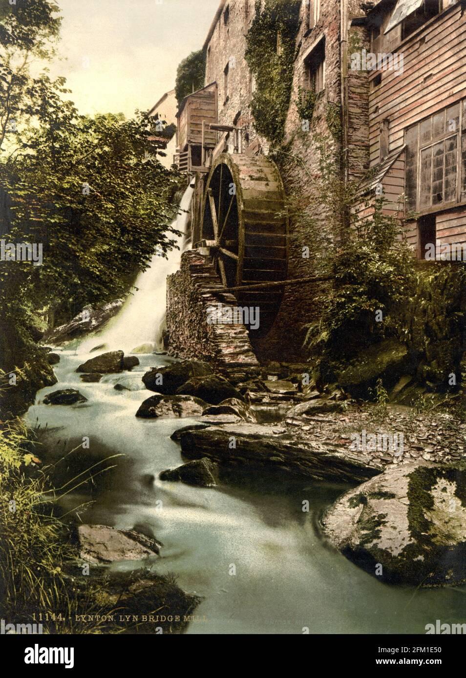 Le moulin de Lyn Bridge Lynton à Devon vers 1890-1900 Banque D'Images