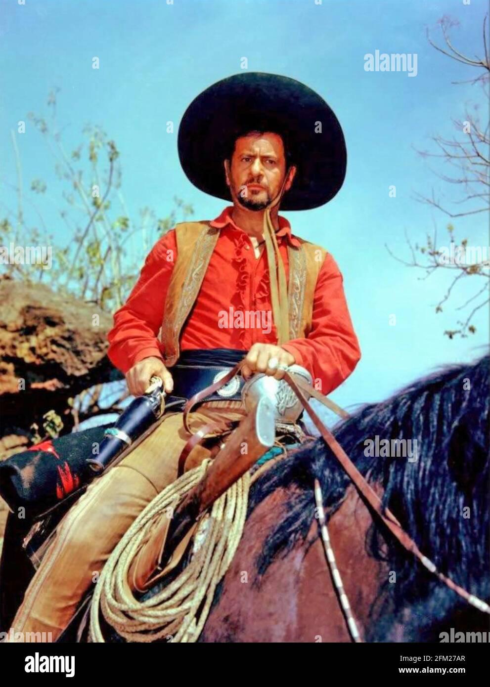 LE MAGNIFIQUE film DE 1960 MGM avec Eli Wallach AS Le chef du bandit, Calvera Banque D'Images