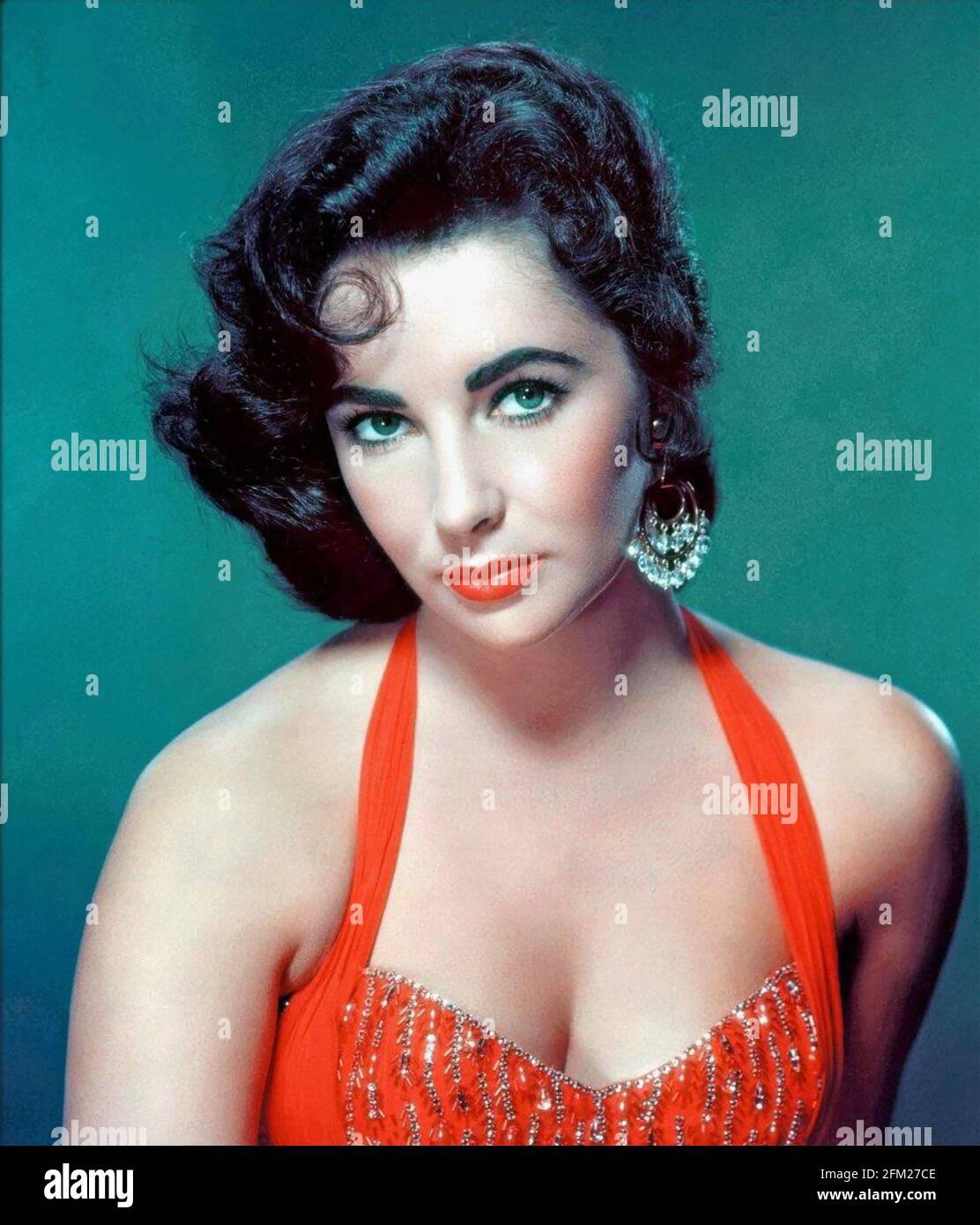 ELIZABETH TAYLOR (1932-2011) Actrice anglo-américaine à propos de 1958 Banque D'Images