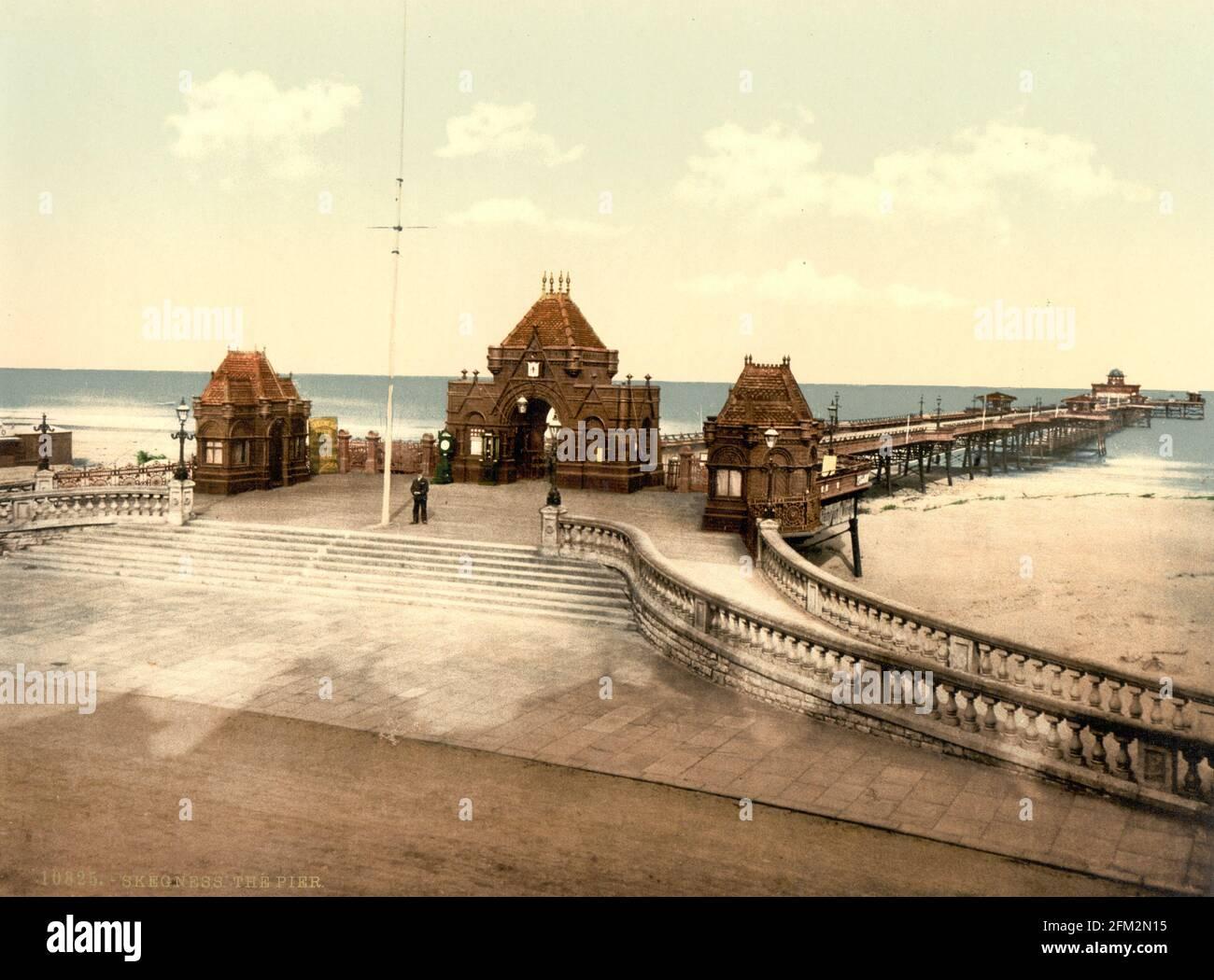 Skegness Pier, Lincolnshire vers 1890-1900 Banque D'Images