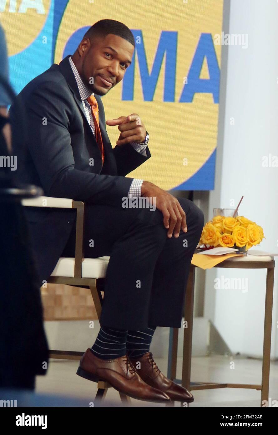 New York, NY, États-Unis. 5 mai 2021. Michael Strahan sur le set de Good Morning America à New York le 05 mai 2021. Crédit : RW/Media Punch/Alamy Live News Banque D'Images