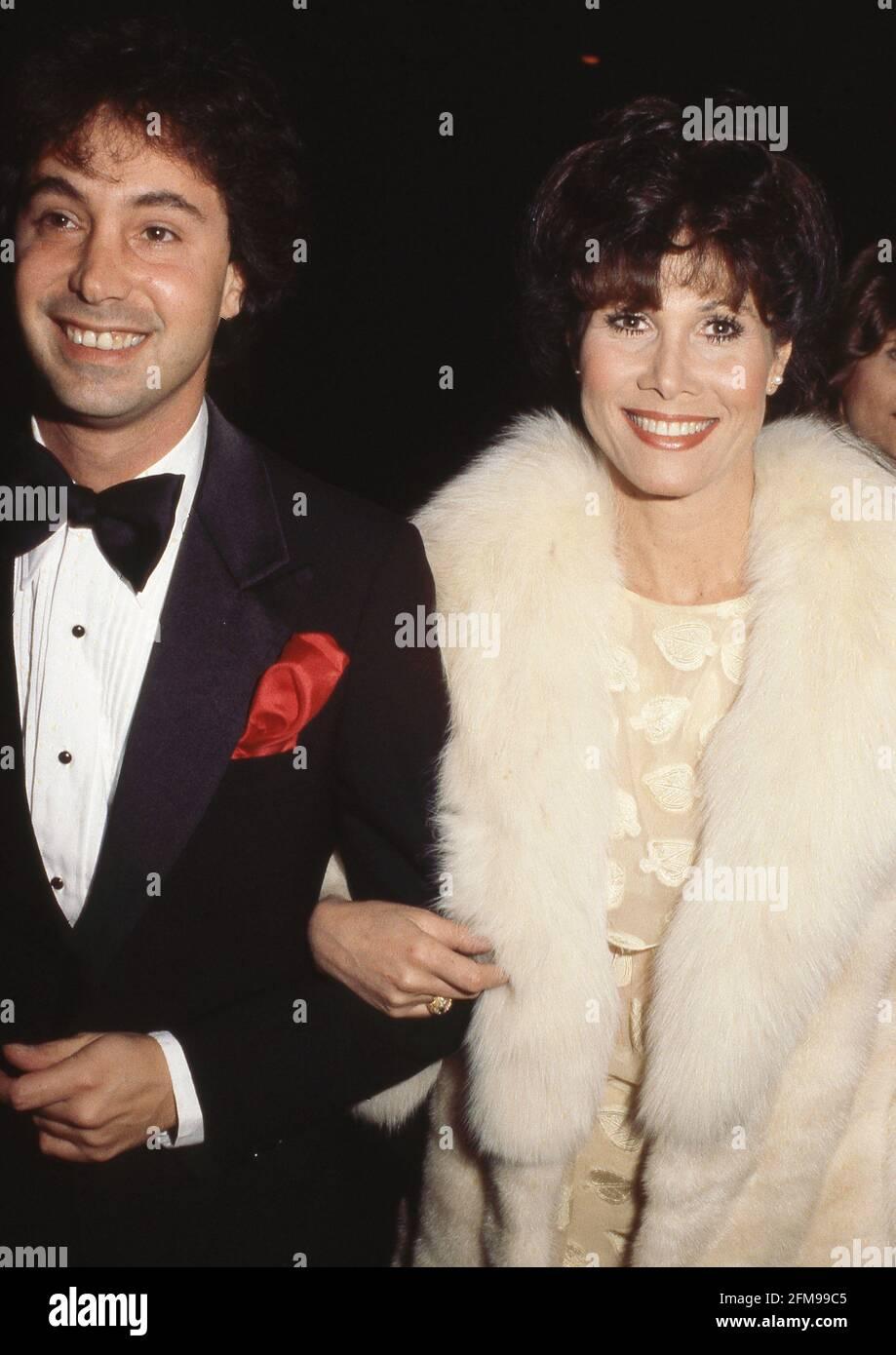 Michael Flack et Michele Lee Circa années 80 crédit: Ralph Dominguez/MediaPunch Banque D'Images