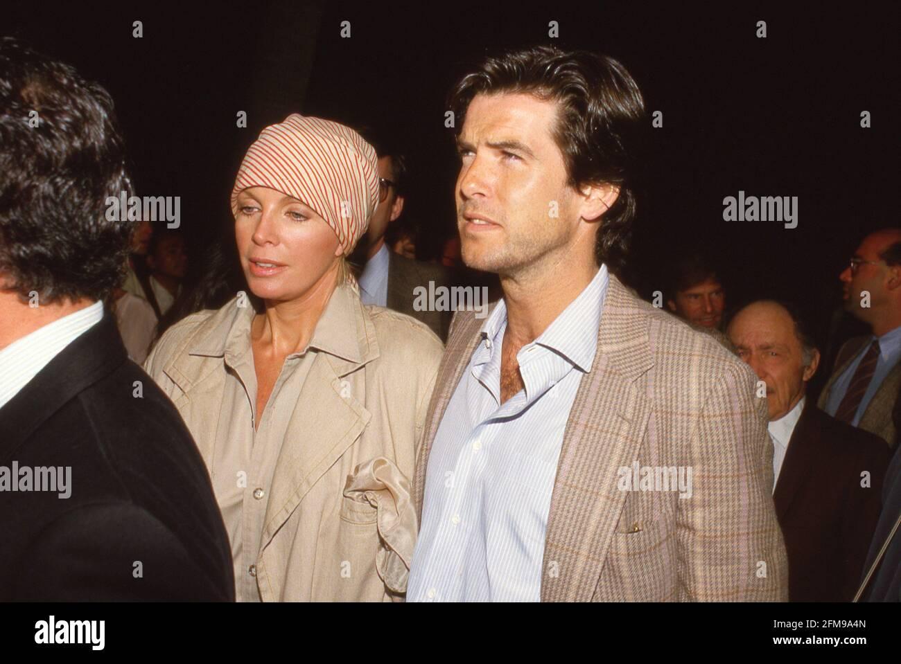 Pierce Brosnan et Cassandra Harris Circa 1990 crédit: Ralph Dominguez/MediaPunch Banque D'Images
