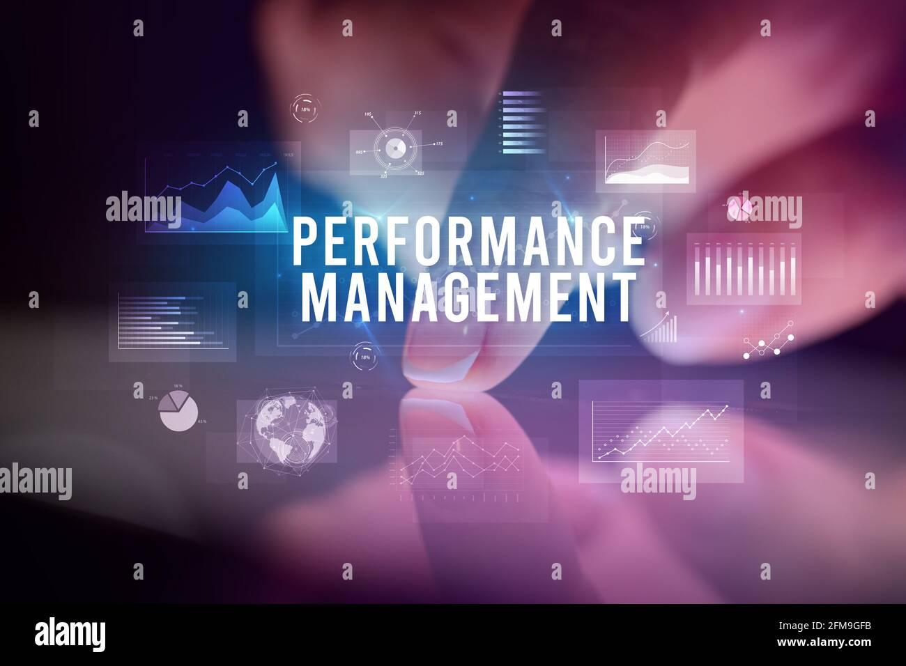 Tablette tactile avec graphiques d'entreprise et icônes Banque D'Images
