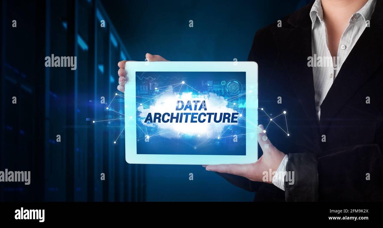 Personne tenant une tablette, concept de technologie Banque D'Images