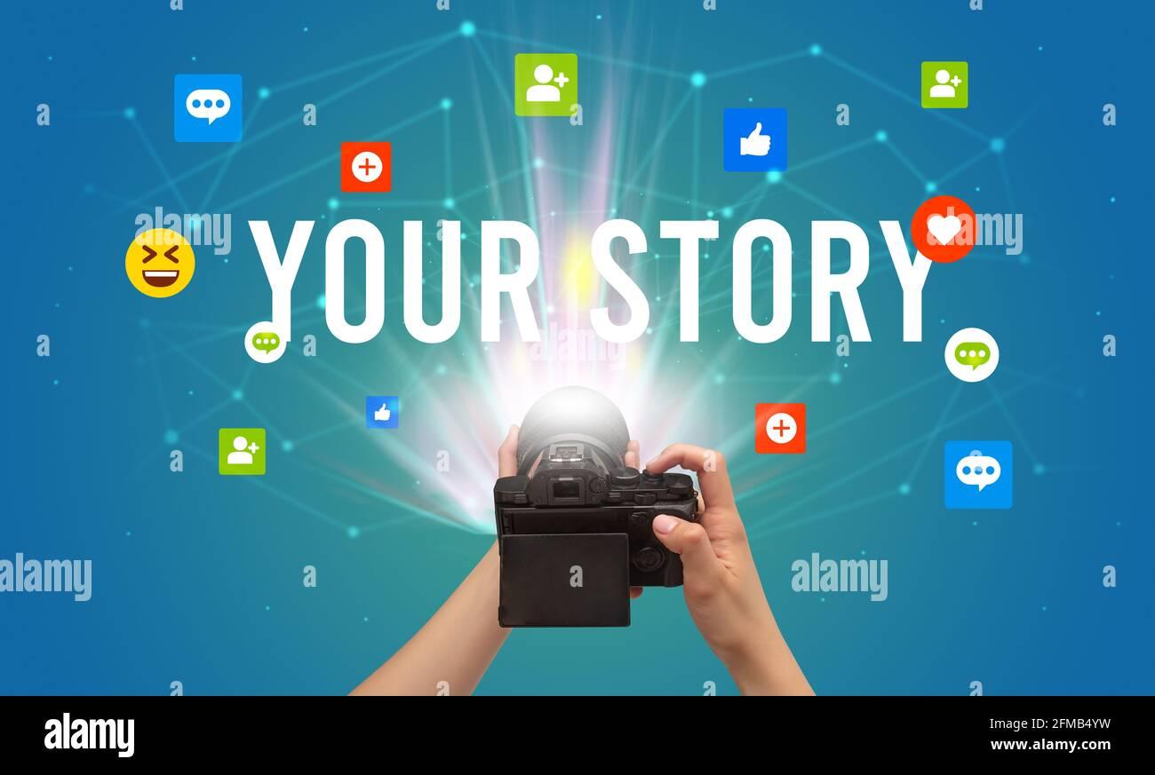 Utilisation de l'appareil photo pour capturer du contenu sur les réseaux sociaux Banque D'Images