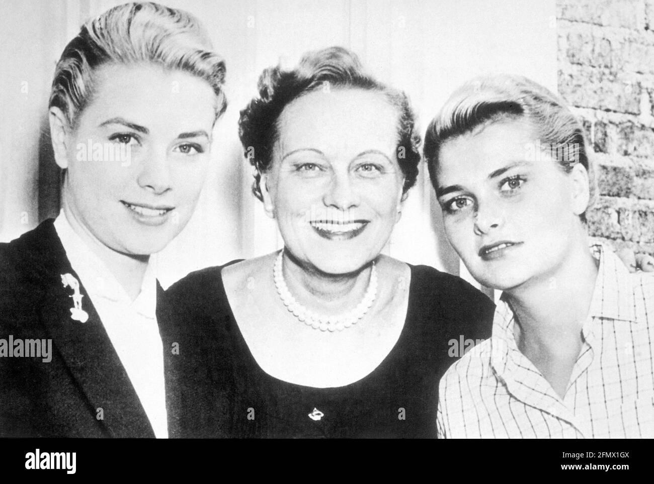Kelly, Grace, 12.11.1929 -14.9.1982, actrice américaine, avec sa sœur, Et sa mère, DROITS-SUPPLÉMENTAIRES-AUTORISATION-INFO-NON-DISPONIBLE Banque D'Images