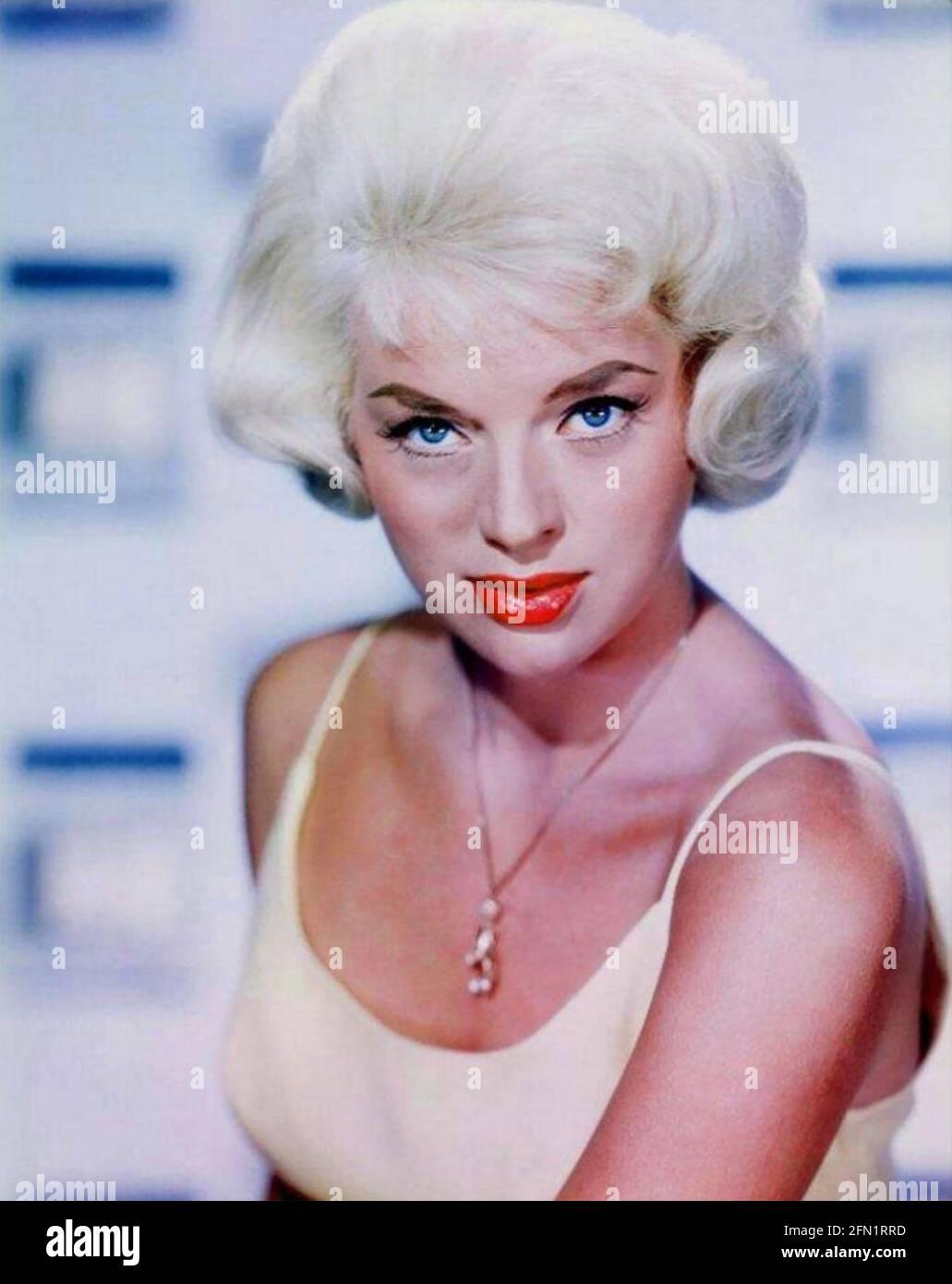 DIANA DORS (1931-1984) l'actrice anglaise fiom et TV vers 1960 Banque D'Images