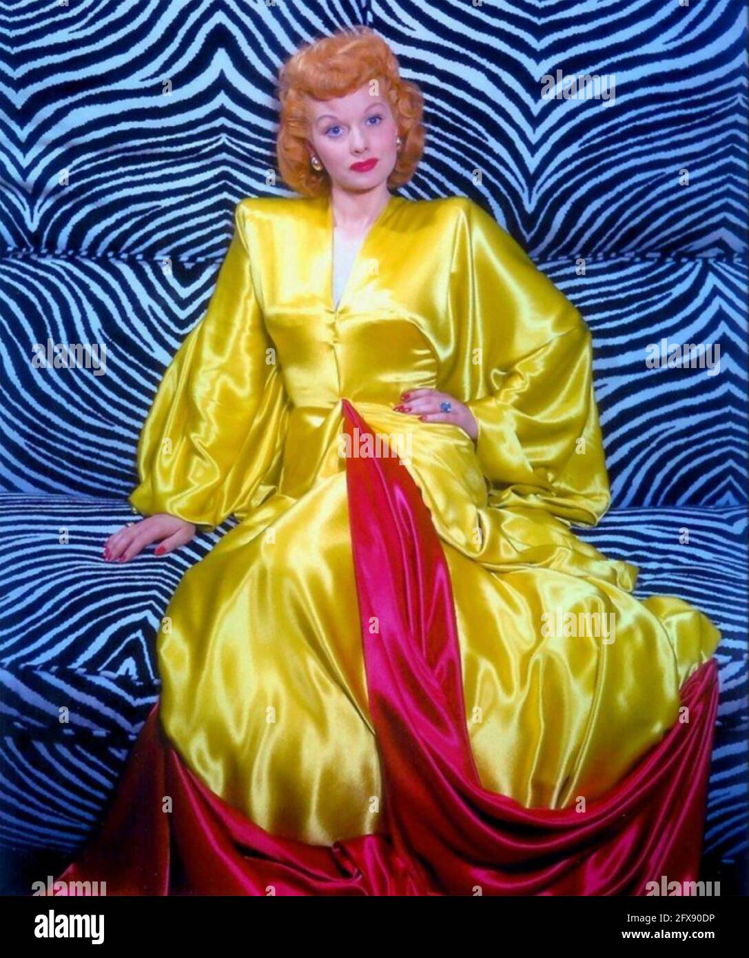 LUCILLE BALL (1911-1989) actrice et productrice américaine vers 1945 Banque D'Images