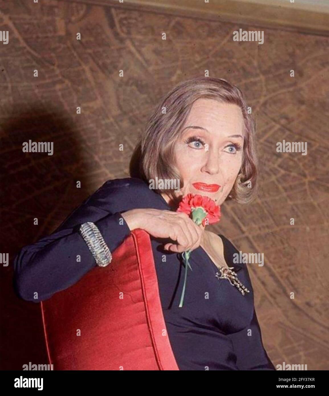 GLORIA SWANSON (1899-1983) actrice américaine vers 1970 Banque D'Images