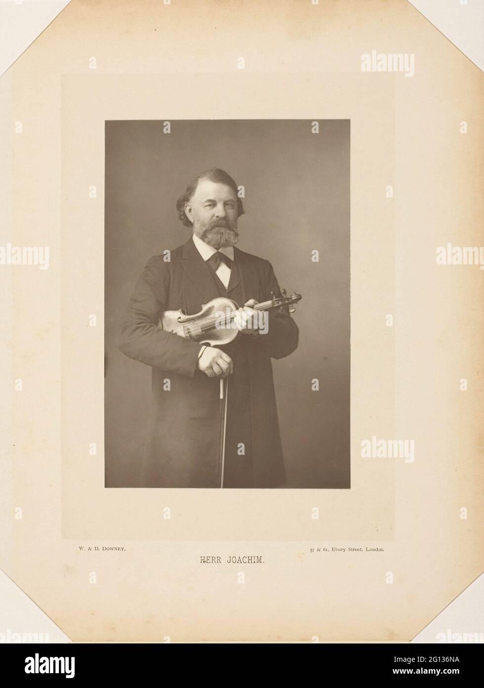 Auteur: W. Downey. Herr Joseph Joachim - 1885 - W. Downey (anglais, c. 1828 - 1908) et D. Downey (anglais, actif 1860 - 1905). Imprimé carbone. Banque D'Images