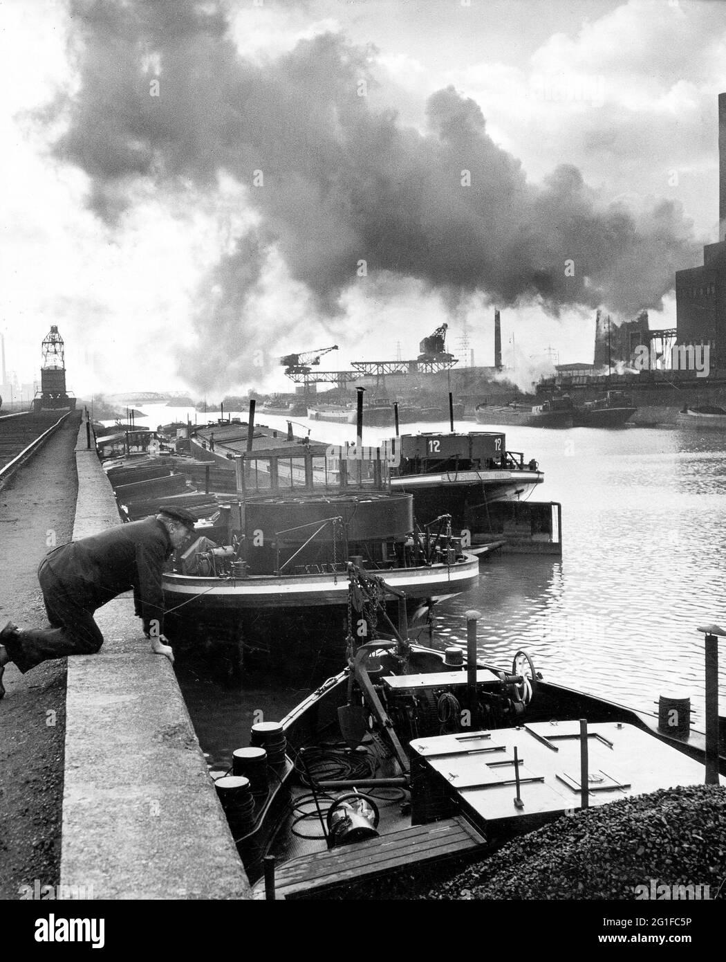 Géographie / voyage, Allemagne, Rhénanie-du-Nord-Westphalie, région de la Ruhr, quai de chargement pour le charbon, INFO-DROITS-AUTORISATION-SUPPLÉMENTAIRES-NON-DISPONIBLE Banque D'Images