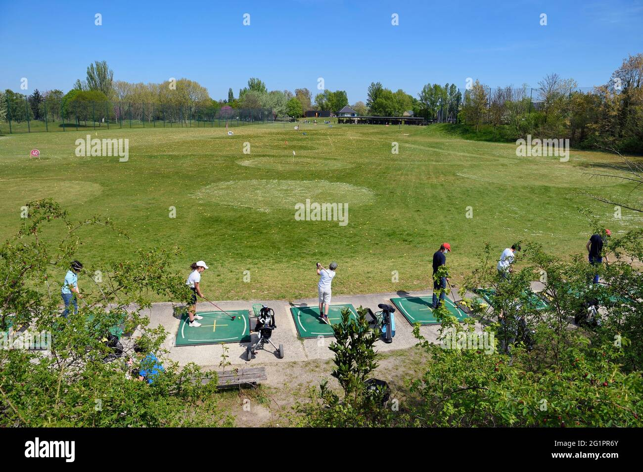 France, Val de Marne, Champigny sur Marne, pratique de golf du parc du Tremblay Banque D'Images