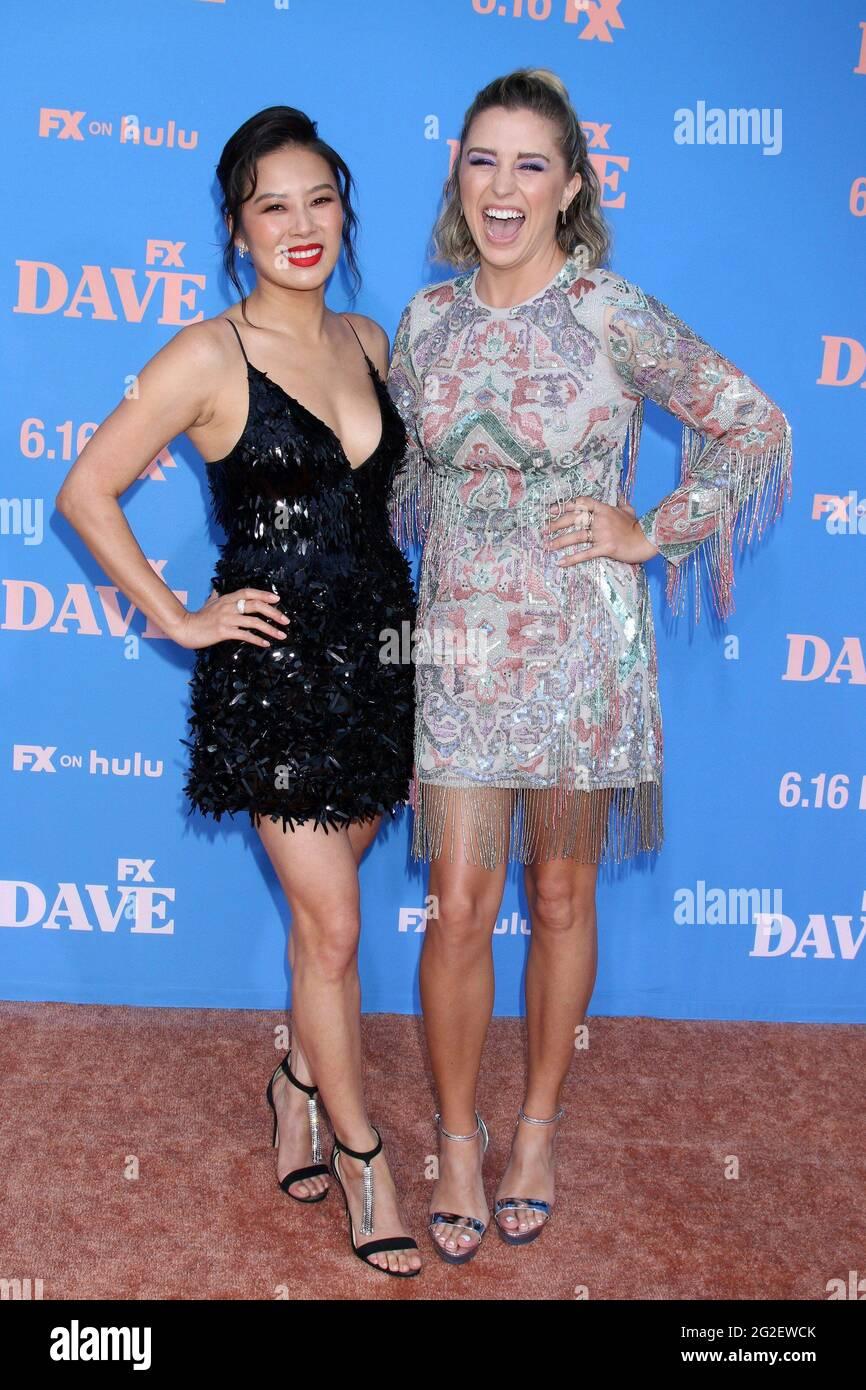 Christine Ko et Taylor Misiak arrivent pour DAVE première saison 2 sur FXX, le Théâtre grec, Los Angeles, CA 10 juin 2021. Photo de : Collection Priscilla Grant/Everett Banque D'Images