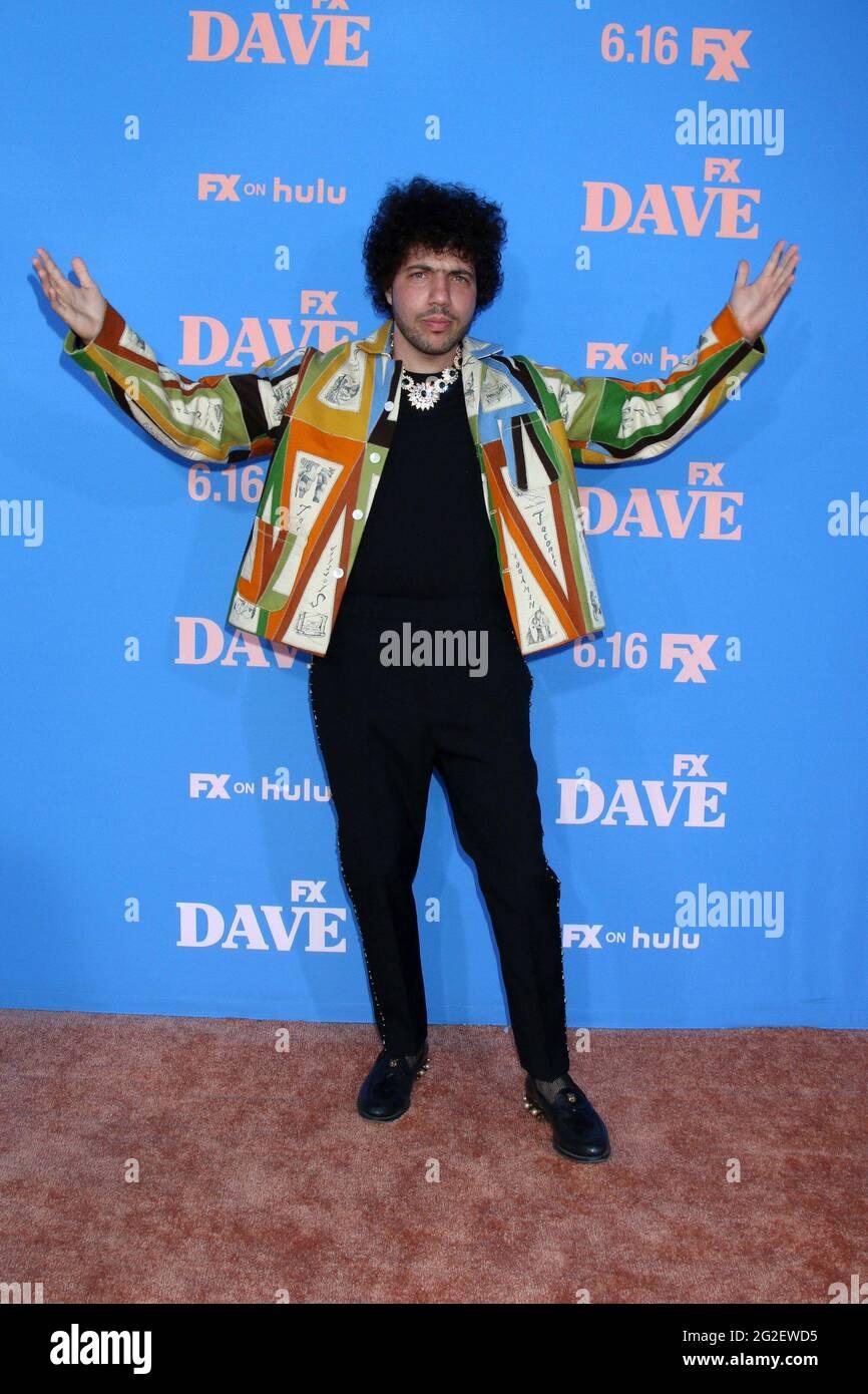 Benny Blanco à l'arrivée pour DAVE première saison 2 sur FXX, le Théâtre grec, Los Angeles, CA 10 juin 2021. Photo de : Collection Priscilla Grant/Everett Banque D'Images