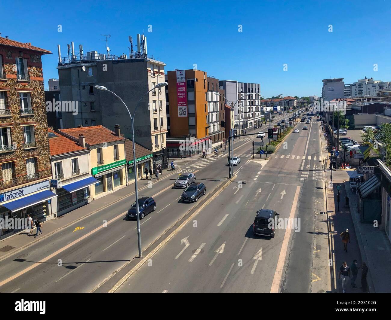 Paris, France, banlieue, scènes de rue, voitures, Logement, Neuilly plaisance Banque D'Images