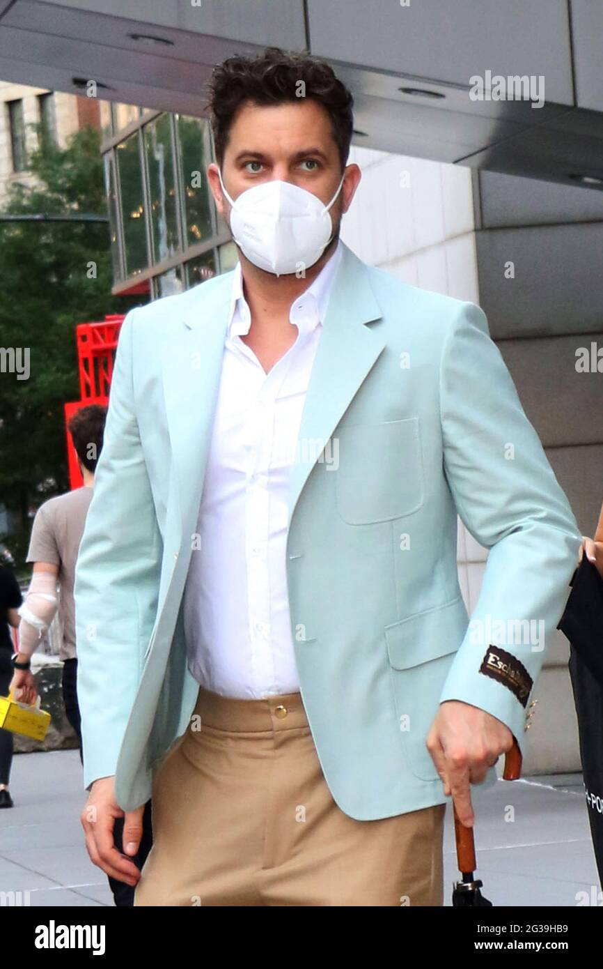 New York, NY, États-Unis. 14 juin 2021. Joshua Jackson a vu partir pour la première de la série Peacook Dr. Death le 14 juin 2021 à New York. Crédit : RW/Media Punch/Alamy Live News Banque D'Images
