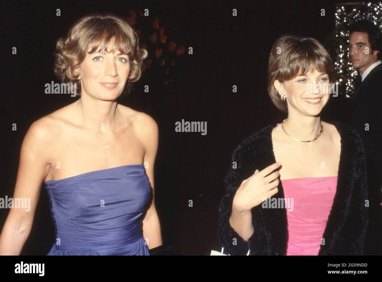 Penny Marshall et Cindy Williams Circa des années 80 crédit: Ralph Dominguez/MediaPunch Banque D'Images