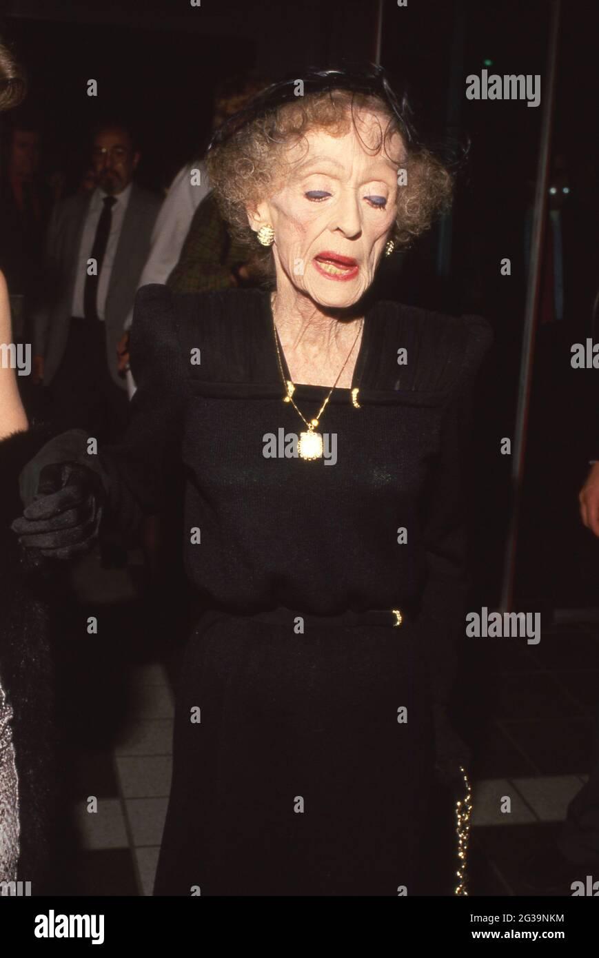 Bette Davis aux prix de l'AFI 11 mars 1987 crédit : Ralph Dominguez/MediaPunch Banque D'Images
