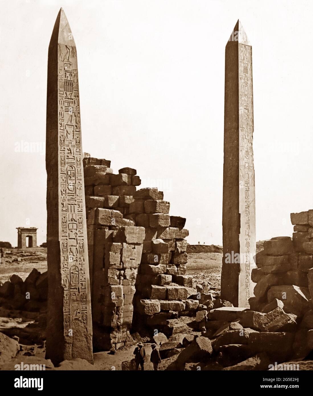 Obelisks à Louxor, Égypte, période victorienne Banque D'Images