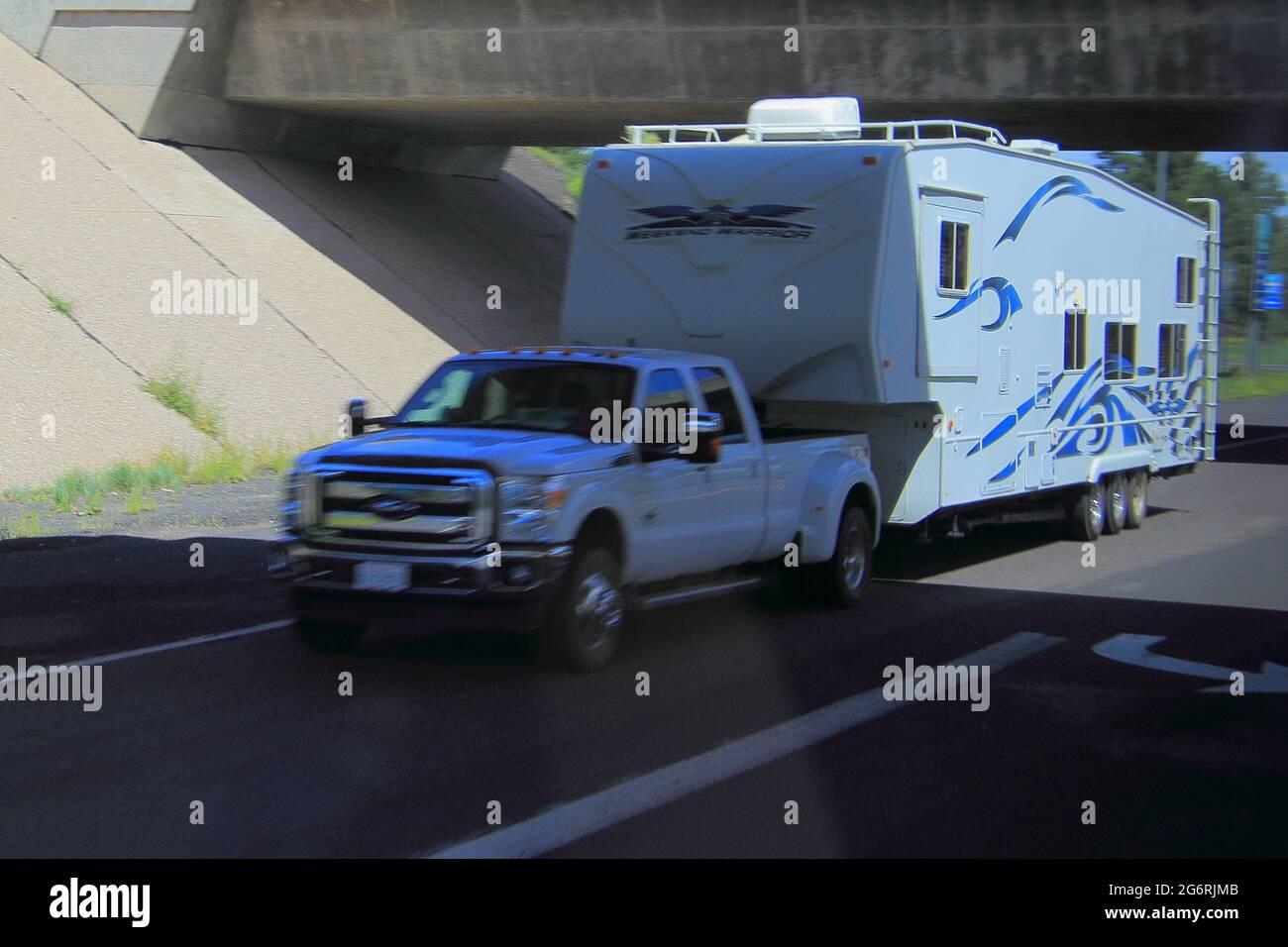 Prendre des photos de la voiture dans la ville Banque D'Images
