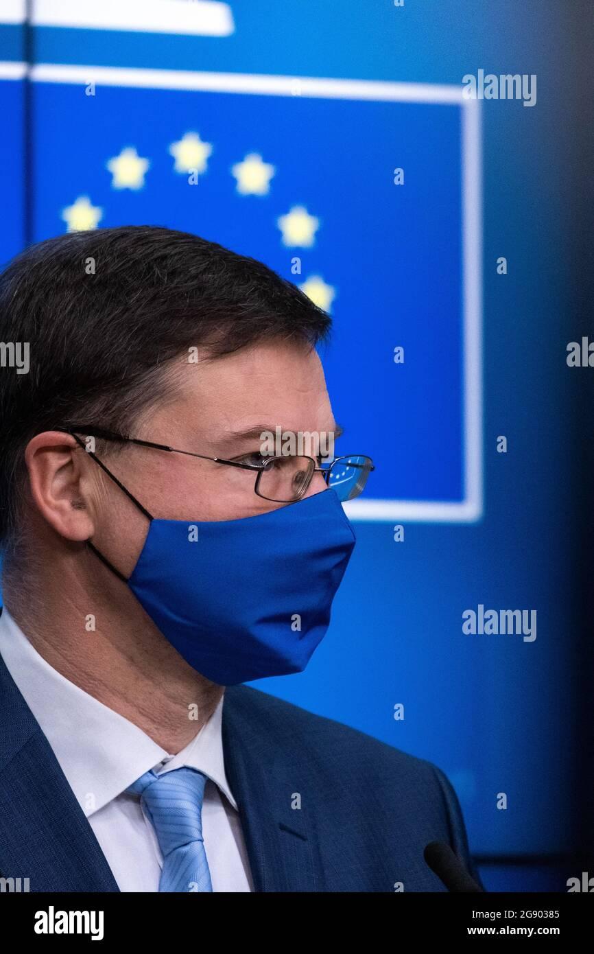 Vadis Dombrovskis, vice-président exécutif de l'Union européenne lors de la vidéoconférence informelle des ministres des affaires étrangères et de l'intérieur au Conseil européen sur les aspects extérieurs de la politique migratoire de l'UE, dans le cadre du nouveau pacte sur les migrations et l'asile. Bruxelles, Belgique. Banque D'Images