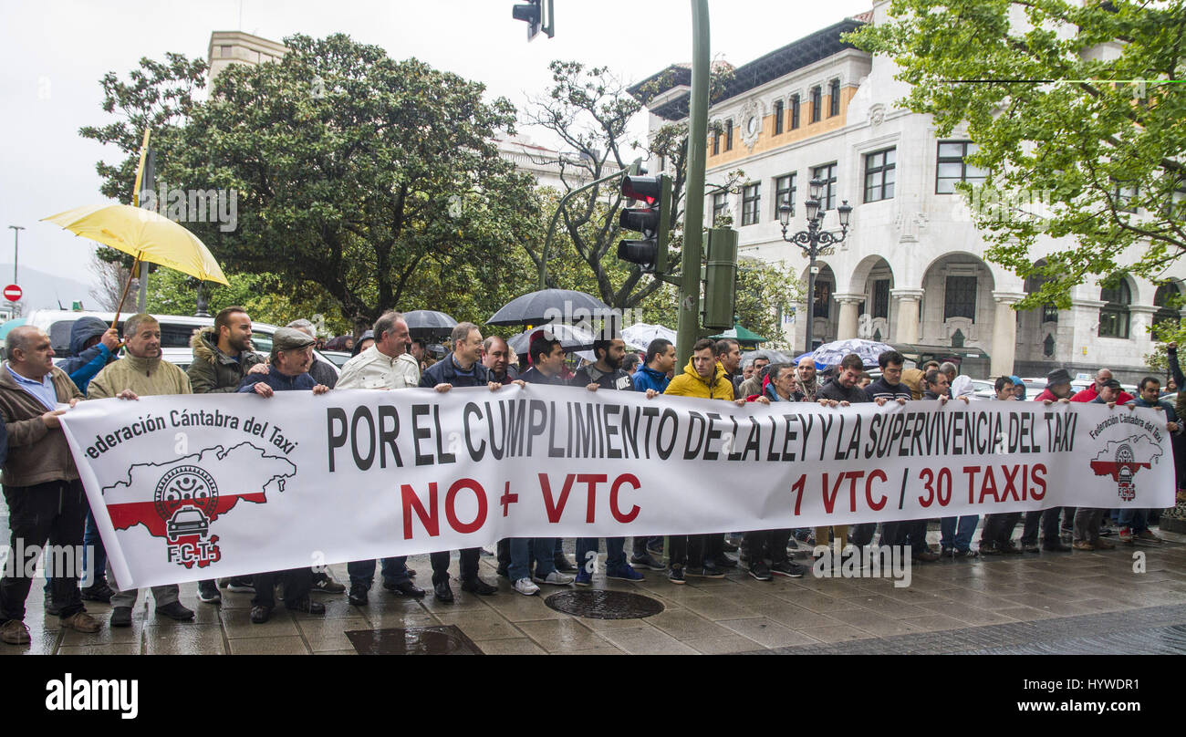 Cantabria, Spain  26th April, 2017  Taxi drivers protest in downtown