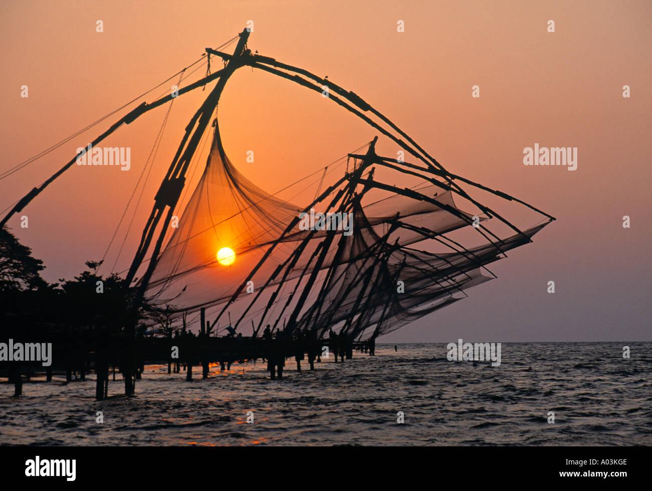 Filets de pêche chinois, Cochin, Kerala, Inde Photo Stock