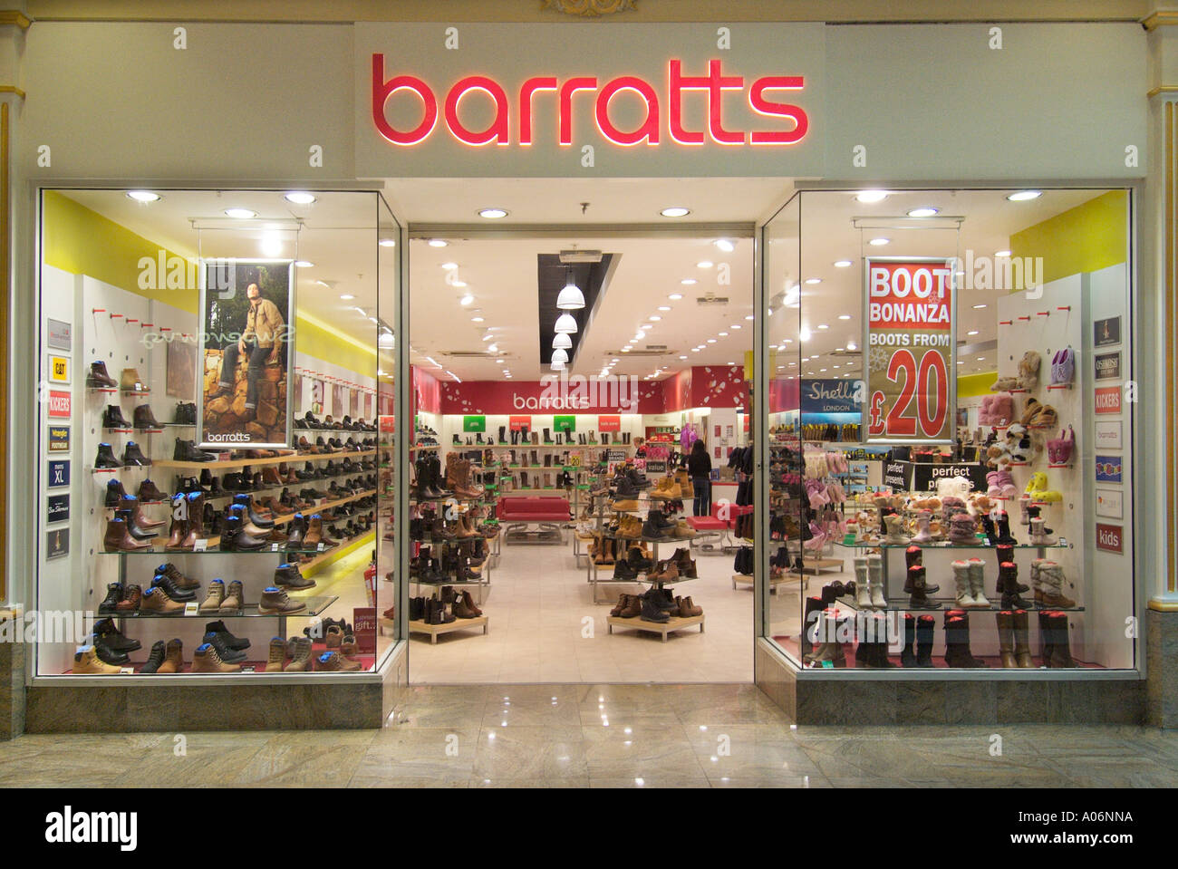 Barratts shop store Trafford Centre UK Royaume-Uni Angleterre Europe Go Grande-bretagne Union Européenne UE Banque D'Images