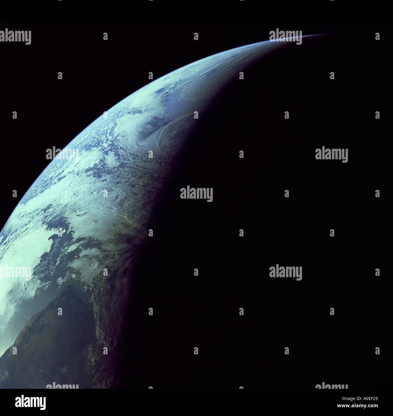 La terre de l'espace du croissant Photo Stock
