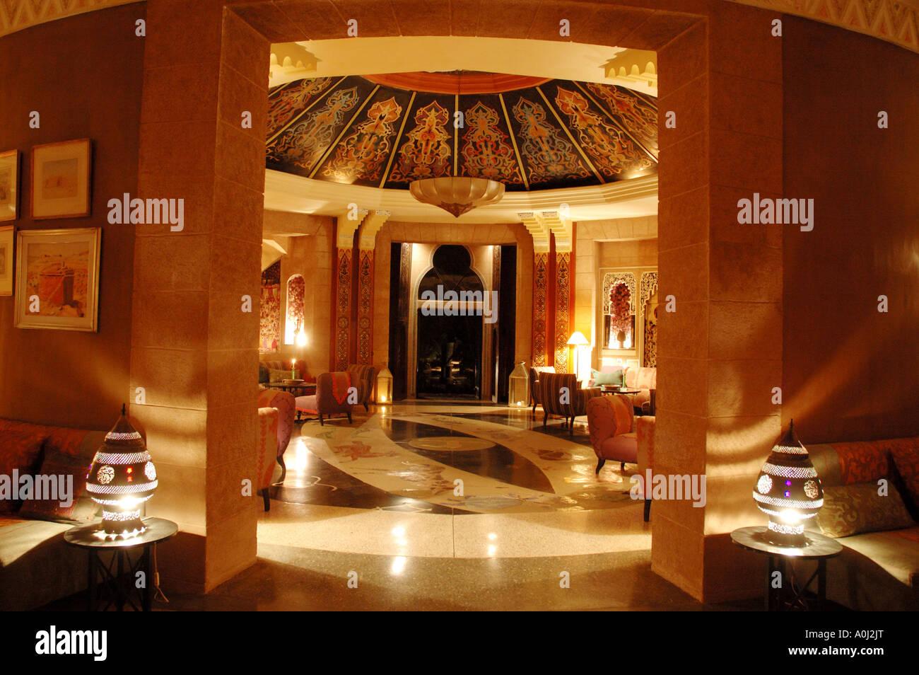 Interieur D Un Bar luxus resort hôtel la gazelle d'or . bar avec française d