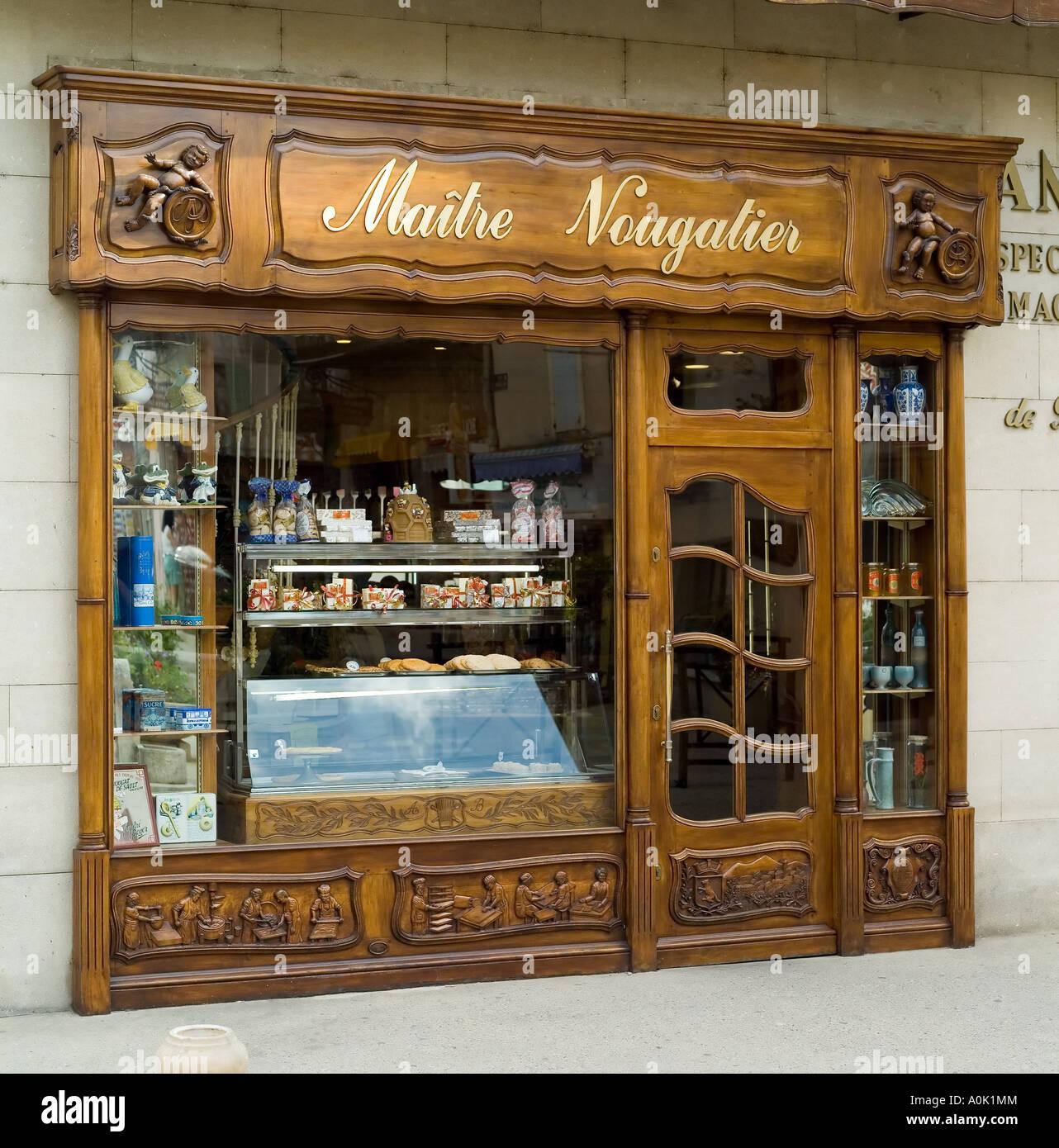9177bb7accee5a André Boyer Maître Nougatier, maître chocolatier, nougat/shop, Store Front,  Sault