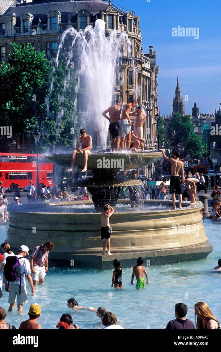 Canicule à Trafalgar Square London Photo Stock