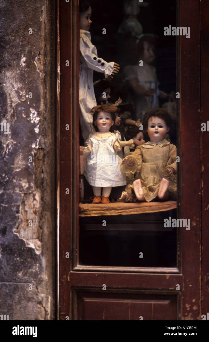 Nostalgie nostalgie antiquité antique symbole boutique de poupées Photo Stock