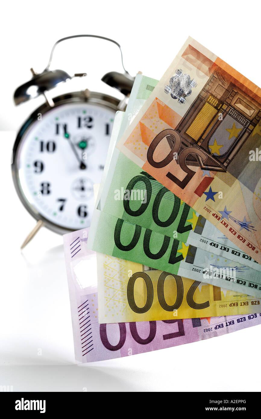 Réveil et l'Euro Banque D'Images
