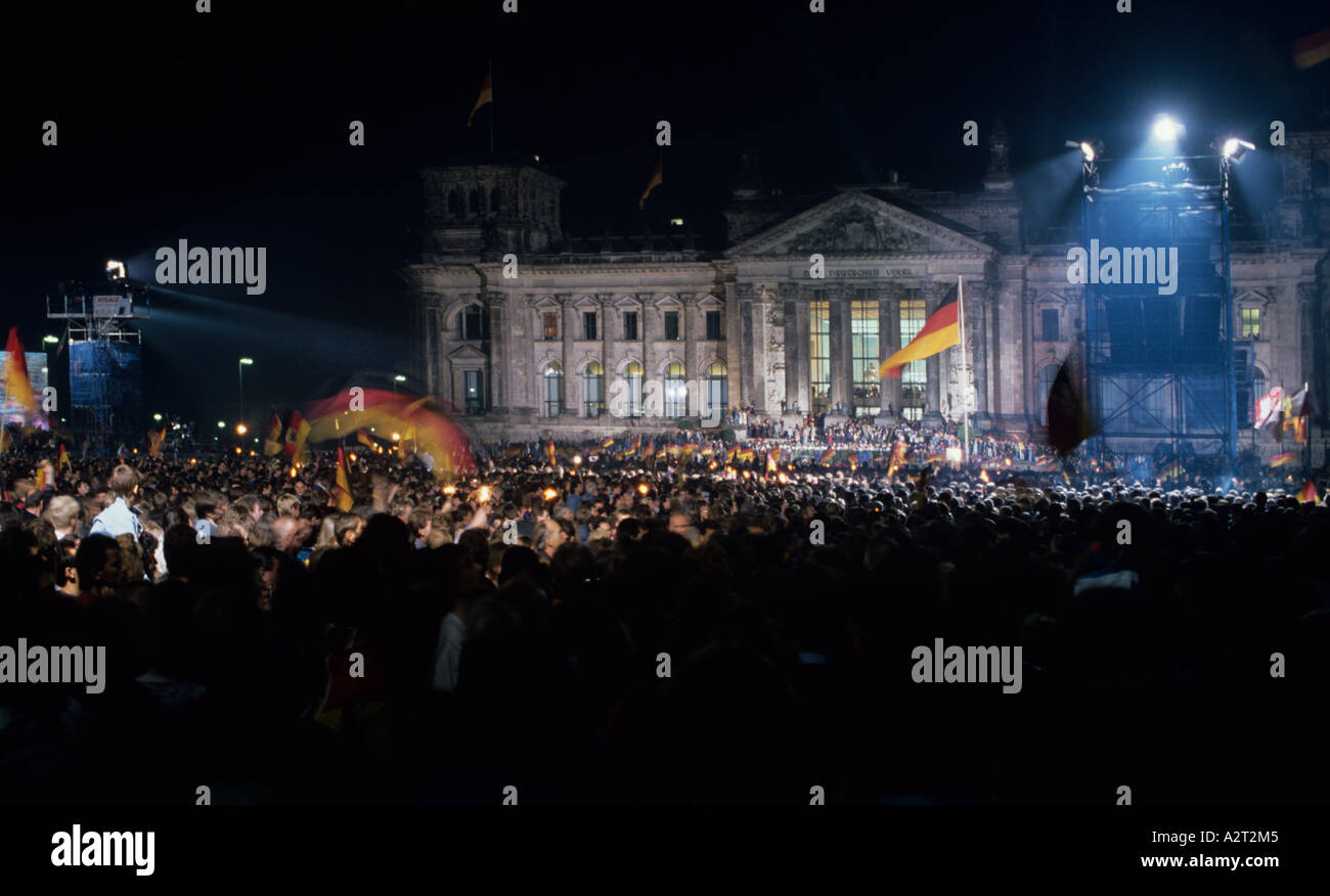 Europa Europe Deutschland Allemagne Berlin Reichstag 1989 Mauerfall Platz der Republik République Photo Stock