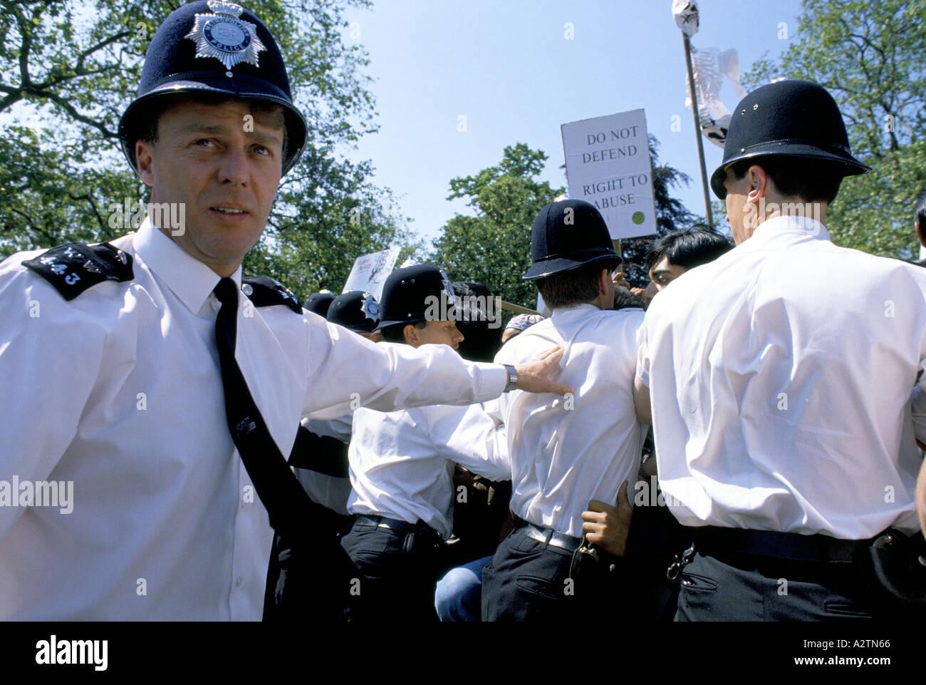 police au démo Photo Stock