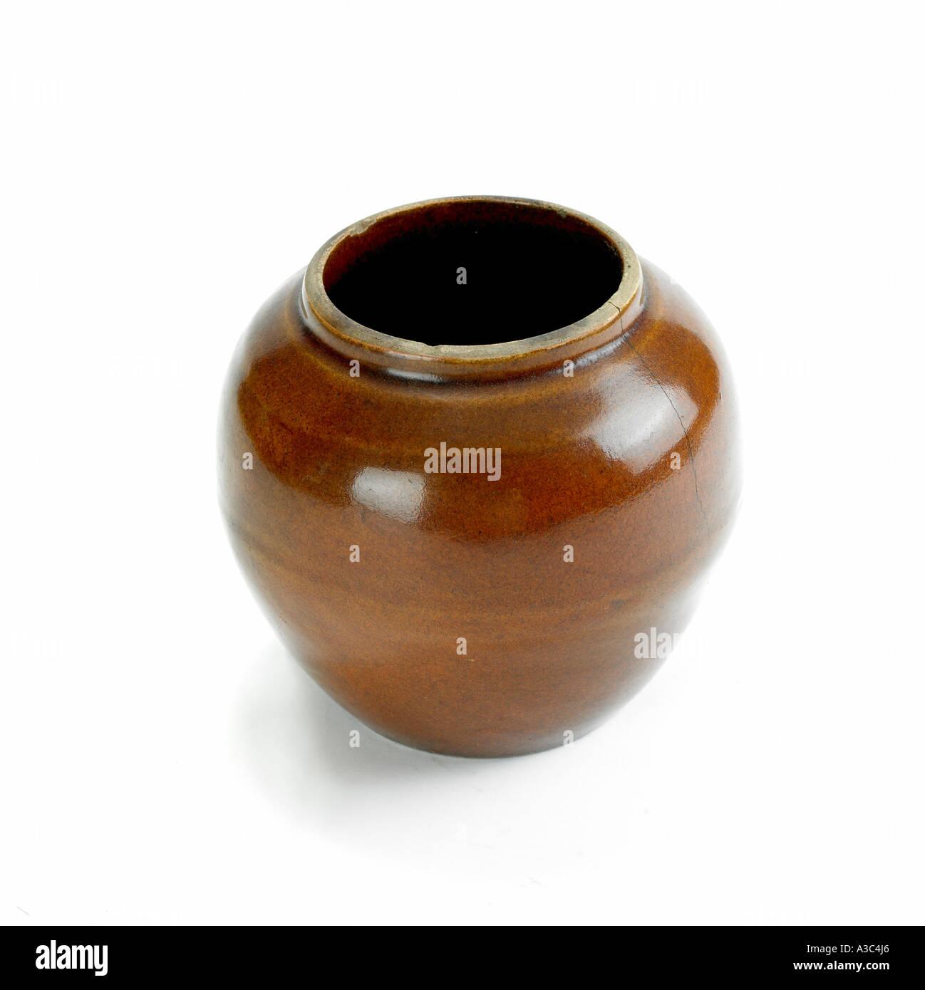 Pour les épices et condiments en faïence,object,antiq Photo Stock