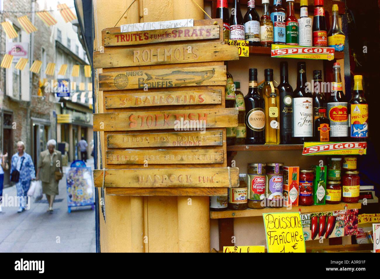 Perpignan France, produits locaux sur l'affichage dans les aliments d'épicerie, magasin, rue de Provence, Traiteur Français Photo Stock